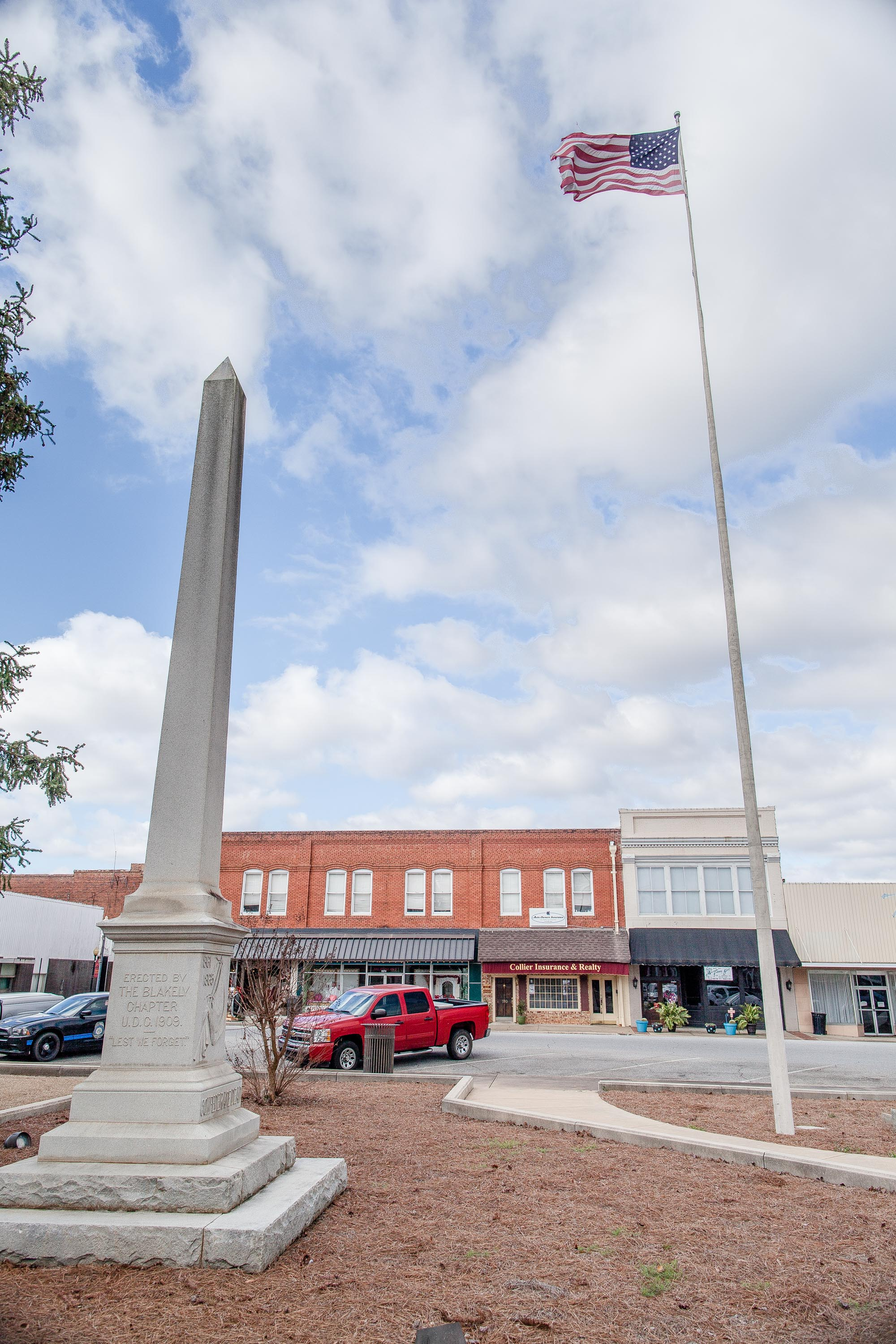 A Confederate Flagpole, raised in April 1861 at the Early County Courthouse, still stands today. Encased in fiberglass for the 100th anniversary of the American Civil War, the flagpole, made of white pine, stands as a tribute to the Early County Confederate veterans who marched off to war as ordered by the State of Georgia.